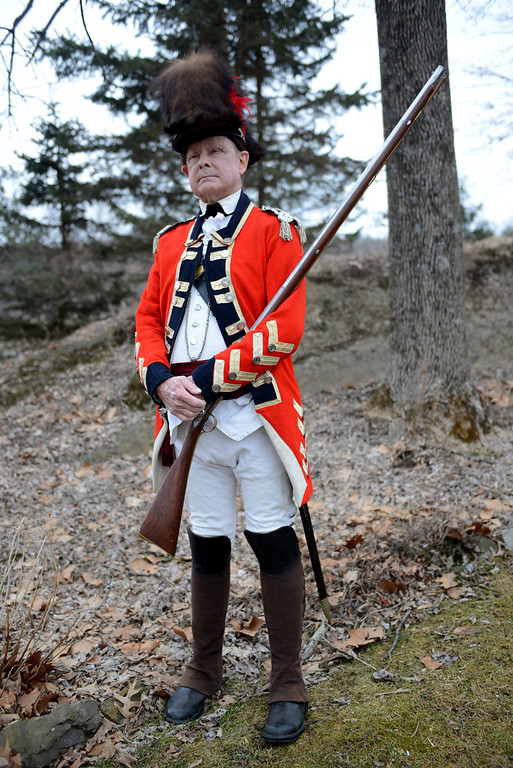 Description of . Tania Barricklo-Daily Freeman                      Don F. Beale dressed as a Revolutionary War officer.
