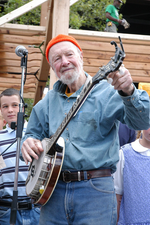 Description of . Pete Seeger on Sept. 15, 2012 on the Rondout in Kingston. Daily Freeman photo by Tania Barricklo.