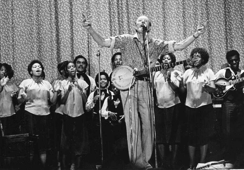 . Pete Seeger at the Ulster Performing Arts Center in Kingston. Daily Freeman archive.